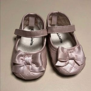 Pink baby shoe size 2